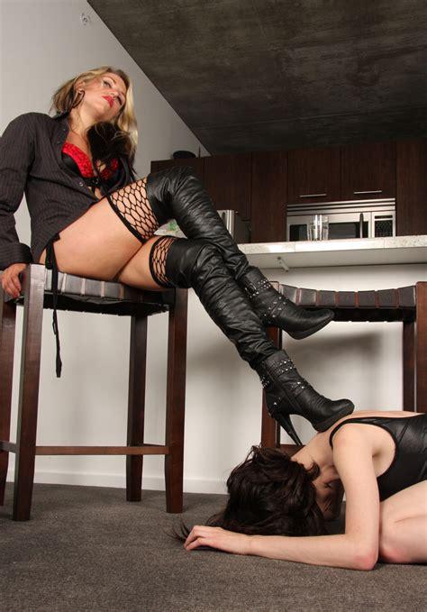 Foot slave lesbian jpg 867x1243